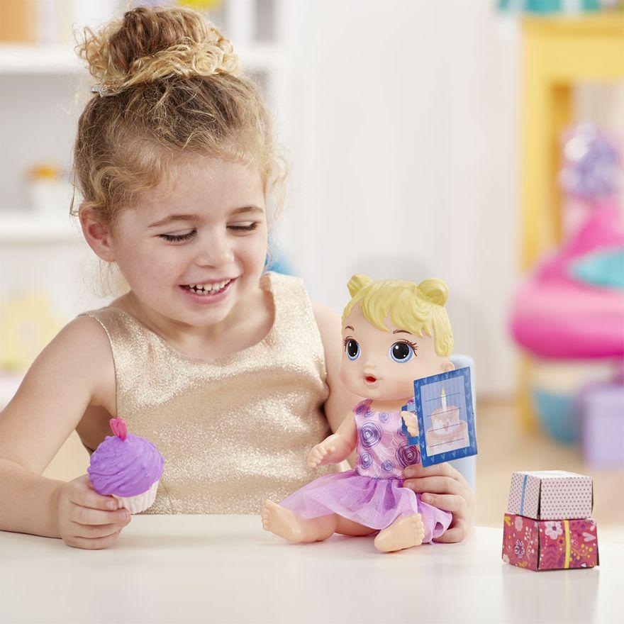 boneca-baby-alive-festa-de-presentes-loira-e8719-hasbro-E8719_Detalhe1