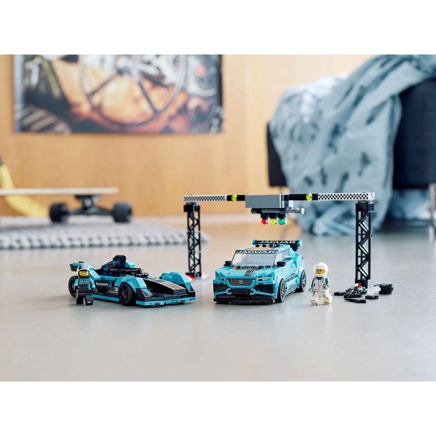 lego-speed-champions-formula-e-panasonic-jaguar-racing-gen2-car-e-jaguar-i-pace-e-trophpy-768978_detalhe6