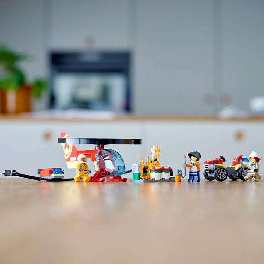 lego-city-combate-ao-fogo-com-helicoptero-60248_Detalhe7