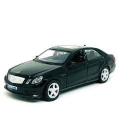 mini-veiculo-1-32-hot-wheels-com-luzes-e-sons-mercedes-e63-amg-preto-california-toys_Frente