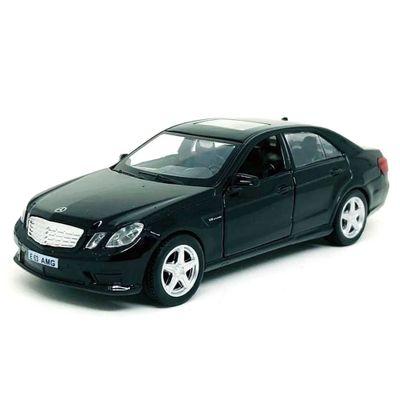 mini-veiculo-1-32-hot-wheels-com-luzes-e-sons-mercedes-e63-amg-preto-california-toys_Frente