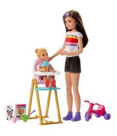 Boneca-Barbie---Babysitter---Cojunto-Baba---Skipper-com-Cadeirinha-de-Alimentacao-e-Tricilco---Mattel