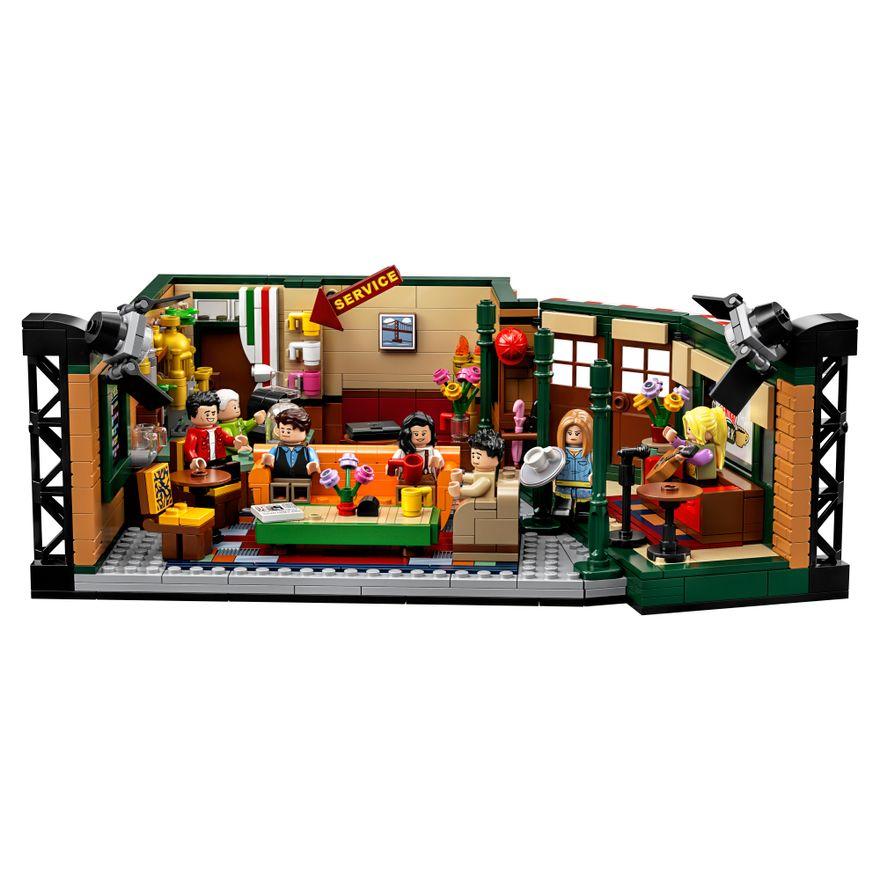 LEGO-Friends---Central-Perk---21319--1