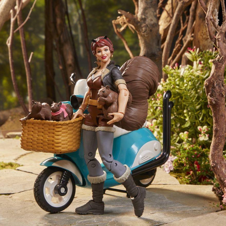Figura-e-Veiculo---Legends-Series---Squirrel-Girl---Marvel---Hasbro-4